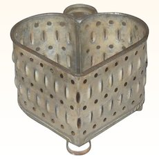 5 Inch Pennsylvania Heart Shape Cheese Mold Strainer with Strap Handle Ring Feet
