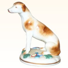 Vintage 3 Inch Chelsea Gold Anchor Pointer Dog on Round Base w Moss and Flowers
