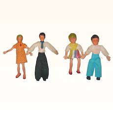 1960's Flexible Rubber Doll House Family of 4 Parents 5 Inch Children 3.5 Inch Mod Clothes