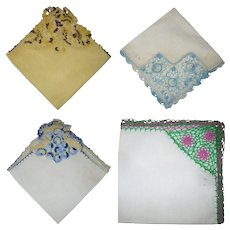 4 Vintage Linen Handkerchiefs Elaborate Crochet Corners Edging