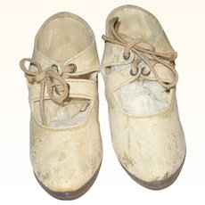 4.5 Inch 19th Century Ivory Kid 2 Strap Tie Shoes No Left or Right