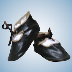 3.75 Inch Size 10 Black Patent Finished Oil Cloth Tie Shoes for German Doll