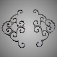 Vintage ornate cast aluminum decorative ornate corner brackets, architectural detail