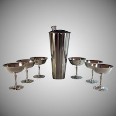 Art Deco Cocktail Martini Shaker and 6 Silverplate Glasses