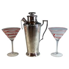 Art Deco Hand Hammered Cocktail Martini Shaker with 2 Red Swirl Glasses