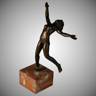 French Bronze Sculpture of a Nude Woman Dancing on a Marble Plinth