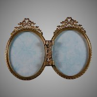 19th Century French Gilded Double Bow Top Photo Frame