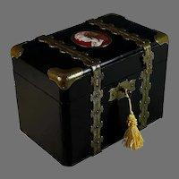 Napoleon III Black Lacquer Dresser Box w Medallion and Key
