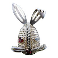 Vintage Sarah Cov Coventry Winking Bunny Rabbit Pin
