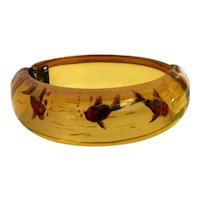 INCREDIBLY RARE 1930s Apple Juice BAKELITE Reverse Carved FISH Hinged Bracelet