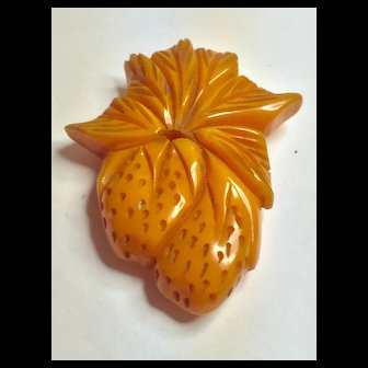 1930s Bakelite Carved Figural Strawberries Dress Clip/Brooch