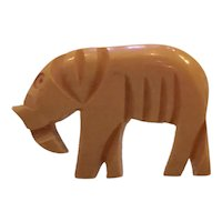1930s Figural Elephant Stylized Art Deco Cream Bakelite Button