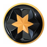 1930s Art Deco Two tone Cast Carved Bakelite STAR  Brooch Pin