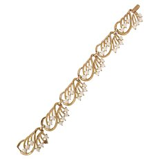 Late 1950s TRIFARI Goldtone Milk Glass Tailored Bracelet