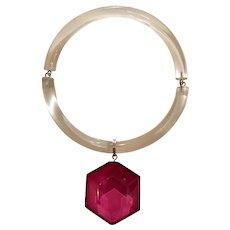 Judith Hendler Acri Gems Geometric Fuschia Acrylic Pendant and Clear Acrylic Neck Ring Necklace