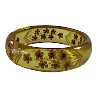 1930s Art Deco Apple Juice Reverse Carved and Painted Bakelite Cornflowers Bangle Bracelet
