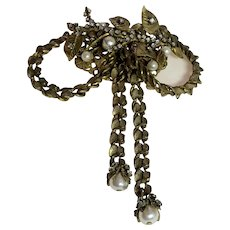 Miriam Haskell Intricate Articulated Goldtone Chain BOW Pin/Brooch Montees Faux Baroque Pearls
