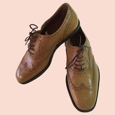 Dries Van Noten Ladies Size 39 Italian Dark Cream Wingtip Lace-up Shoe