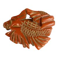 1930s Faux Cinnabar Rust Bakelite Chinoiserie Goldfish KOI Ornately Carved Figural Clip Pin