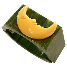 1930s Art Deco Green Bakelite Hinged Bracelet with Cream Crescent Moon Detail