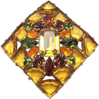 1950s REGENCY Exquisite Rare Shield Stone Amber and Chartreuse Rhinestone Brooch Pin
