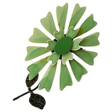 1960s POP Plasticized Metal Flower Power Pin Brooch in Green
