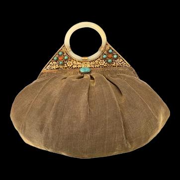 1920s Chinese Semi Precious Stonework Goldtone Filigree Jade Bangle Handle Shantung Silk Evening Bag Purse