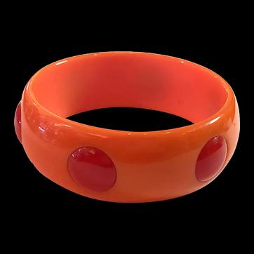 1930s Art Deco Coral Orange Bakelite 2-color Raised Inset Dot Bangle Bracelet