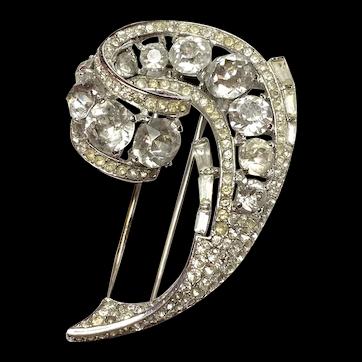 Trifari 1940s Rhodium Large Faux Diamante Scroll Brooch Pin.