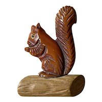 1930s Adorable Rust Figural Bakelite and Wood Squirrel Brooch Pin