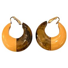 1930s Bakelite Geometric Mocha Cream Hoop Clip On Earrings