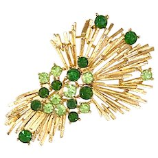 LISNER Stylized Starburst Spoked Goldtone Brooch Pin with Faux Emerald Stones