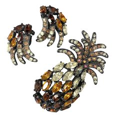 Schiaparelli Amber Brown Marquise Stone Pineapple Pin Earrings Set