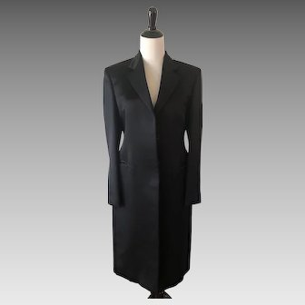 Vintage MINT Gucci 100% Silk Black Coat