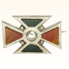 Scottish Victorian Maltese Cross Agate on Sterling Silver Pin