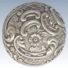English 1900 Sterling Silver Repoussé Pill Box