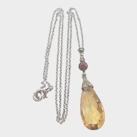 French Art Deco Natural Citrine and Silver Drop Pendant Necklace