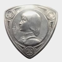French Joan of Arc Silver Plated Pin - E DROPSY