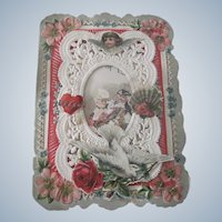 Old Victorian Paper Lace and Die Cut Valentine Card with Romantic Couple