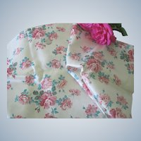 """Vintage 1950's Satin Fabric with Roses 45"""" x 50"""" Doll Clothing"""