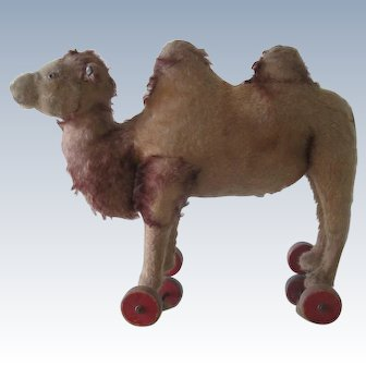Antique Steiff Camel Pull Toy on Wheels c 1910 Doll Accessory