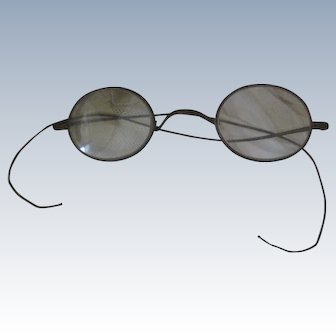 Old Victorian Wire Rimmed Eyeglasses Spectacles