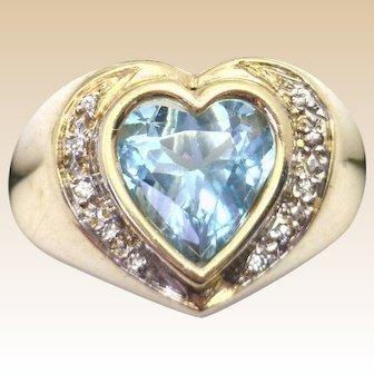 "PRETTY! 14KYG Heart Shaped Blue Topaz & Diamonds in ""Heavy"" Ladies Ring - Estate"