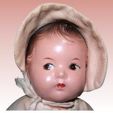 "8"" Madame Alexander Dionne Quint Baby Yvonne"