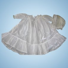 "Large Cotton Batiste Dress and Bonnet for 30"" doll"