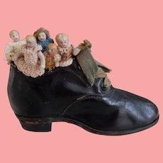Miniature Old Woman in a Shoe/ Carl Horn Children