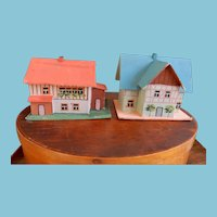 Fabulous Dollhouses for Dolls or Putz Scene