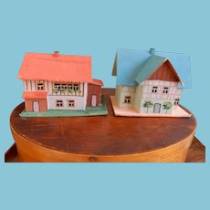 Fabulous Dollhouses for Dolls or Putz Scene