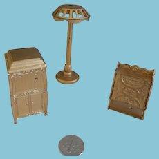 Three Tootsie Toy Pieces/ Dollhouse