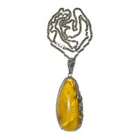 Antique Sterling Silver Baltic Butterscotch Amber Pendant Necklace